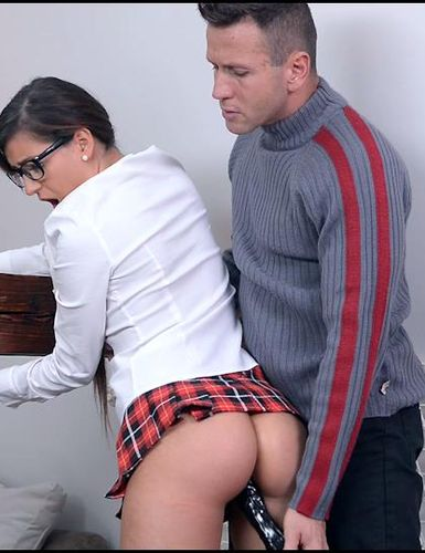 �������� ���� ������������� ��������� | Cindy (Leaking Roof: Submissive Schoolgirl Gets Her Ass Crammed And Spanked)