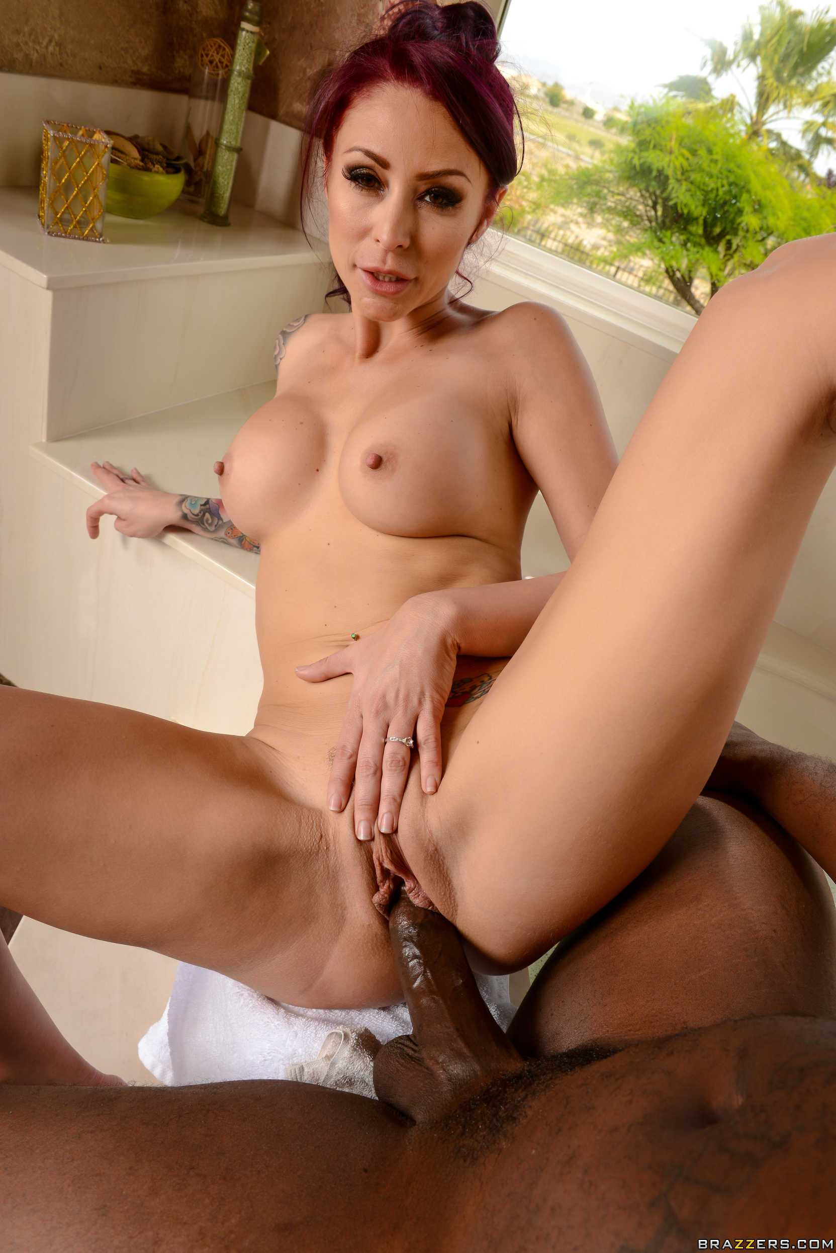 Monique Alexander | Tearing Up Her Rug
