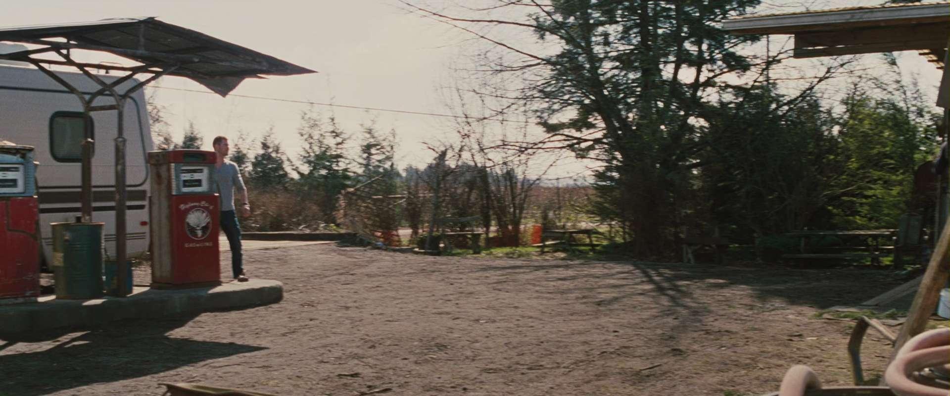 The Cabin in the Woods 2012 1080p 10bit BluRay 5 1 x265 HEVC-MZABI