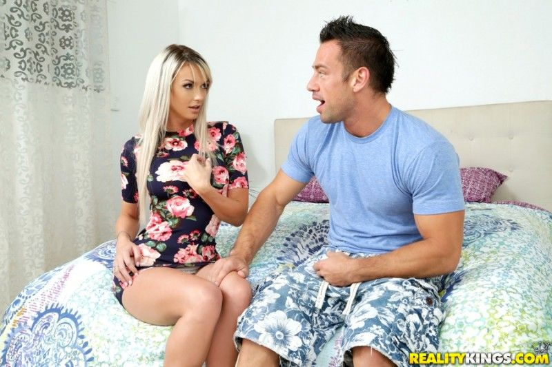 (Just Righ / 05.09.16) | [MilfHunter.com / RealityKings.com] Brooke Paige