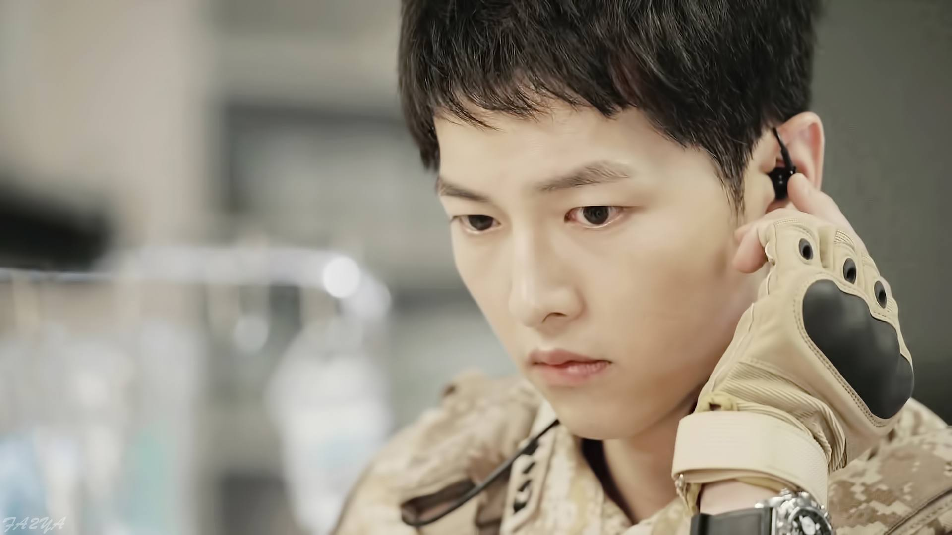 Descendants Of The Sun Was Actually Supposed To Star Gong Yoo Not Song Joong Ki