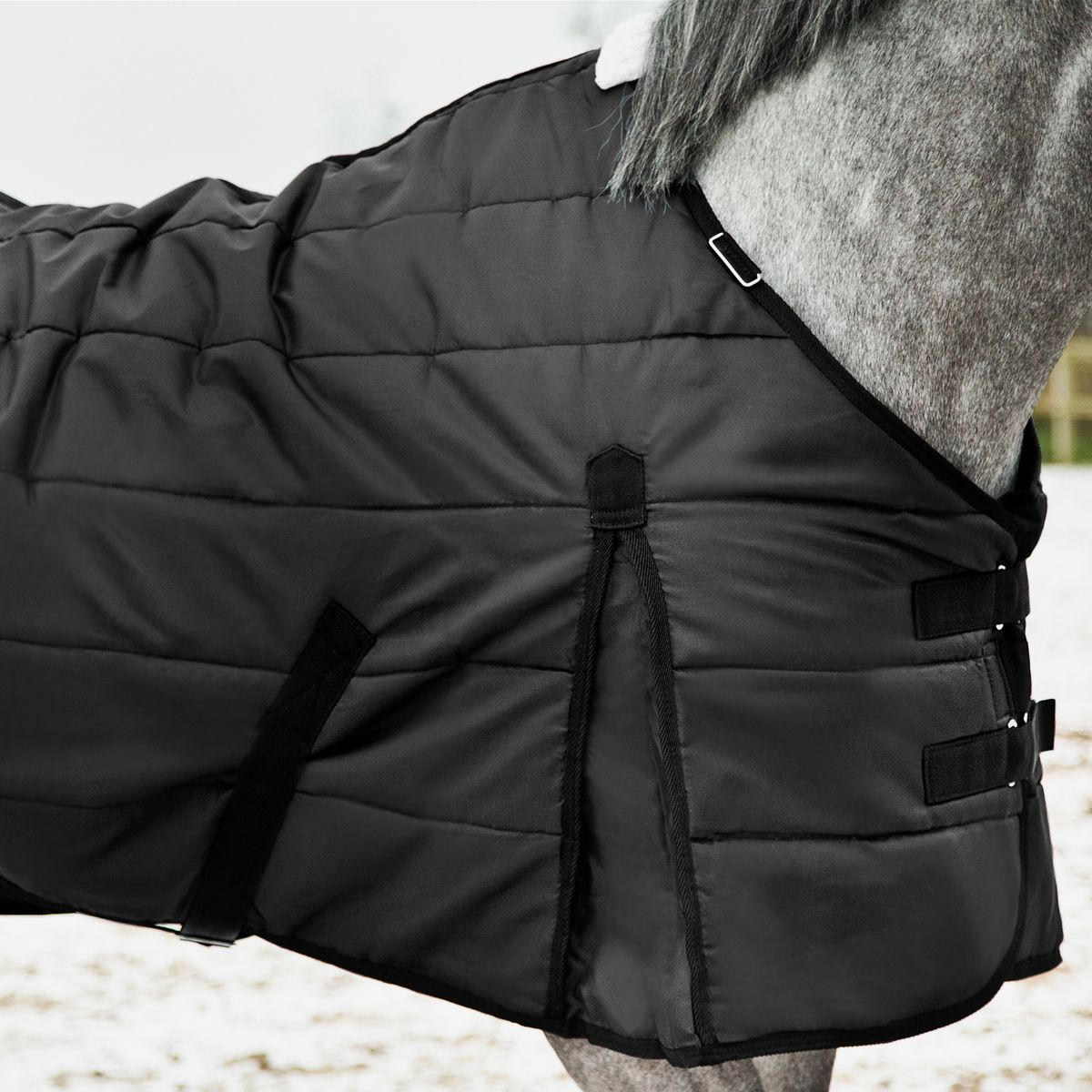 Horze Nevada stable Cool Weather Blanket 200 g