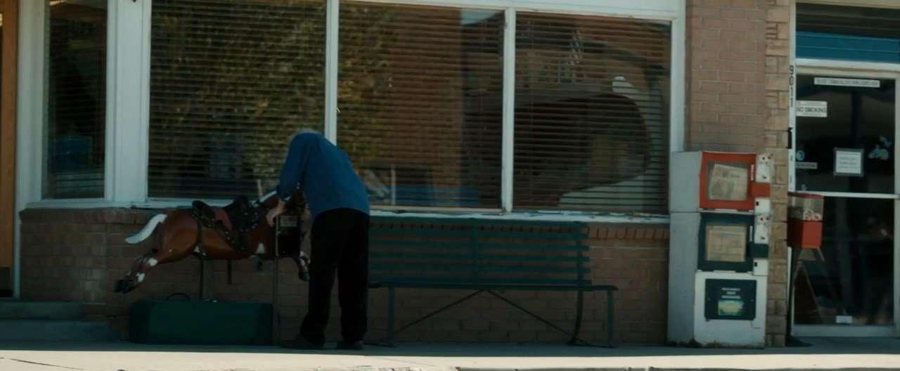 Человек на Кэррион-роуд | WEB-DL 720p | L