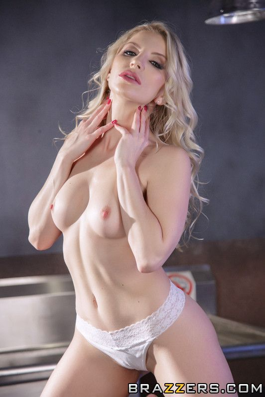 Постер:Ashley Fires - She s Crazy For Cock! Part 2