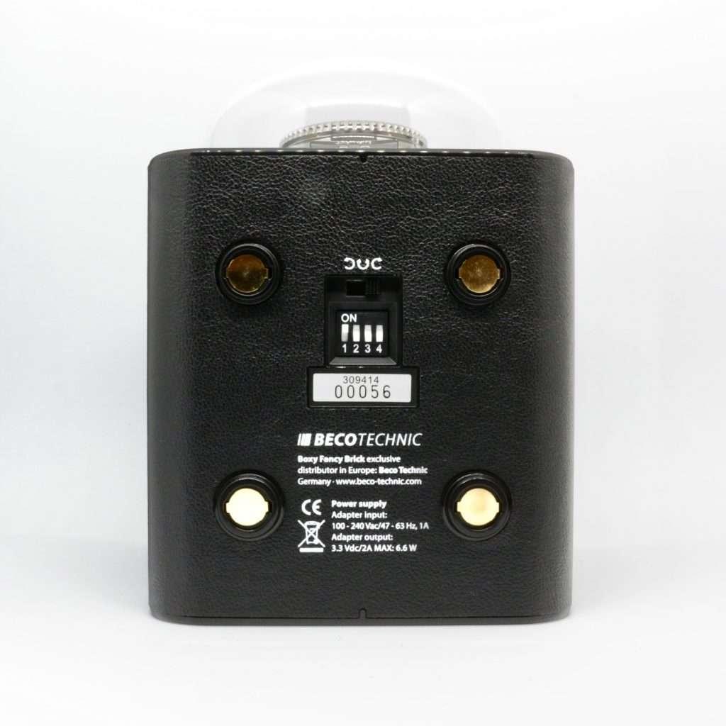 Unterseite des Uhrenbewegers mit Richtungswahl und Einstellungs-Schalter für die Rotationsprogramme