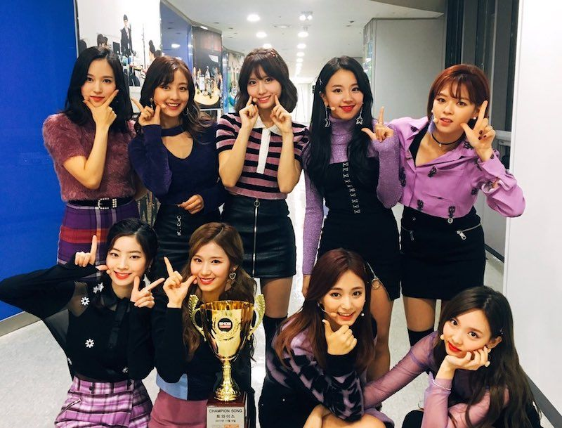"Watch: TWICE Grabs 1st Win For ""Likey"" On ""Show Champion,"" Performances By SEVENTEEN, ASTRO, JBJ, And More"