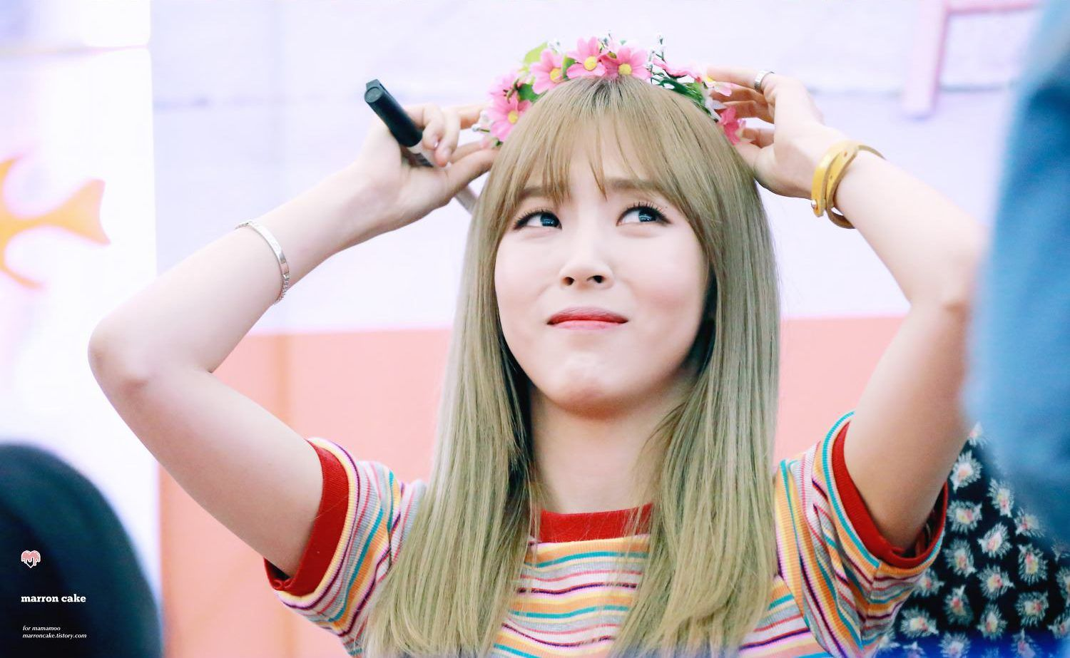 15 times mamamoo moonbyul hated flower crowns but looked great 15 times mamamoo moonbyul hated flower crowns but looked great anyway izmirmasajfo