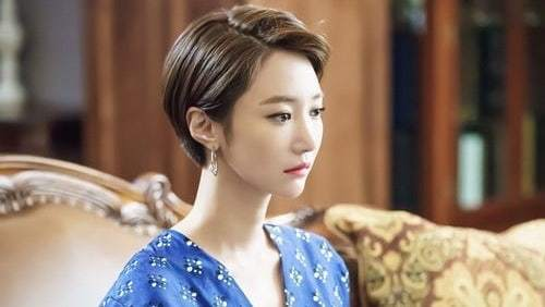 "Go Jun Hee Gives Off Elegant Aura In New ""Untouchable"" Behind-The-Scenes Photos"