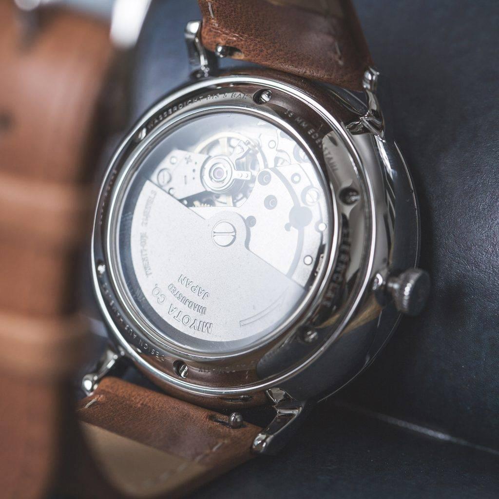 Sternglas Automatik Gehäuserückseite mit Blick ins Uhrwerk