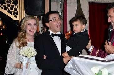 Ender Saraç Evlendi