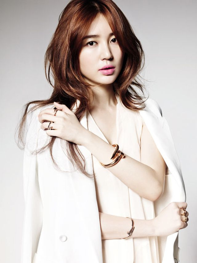 Yoon Eun Hye S Cartier Ads For Juste Un Clou Couch Kimchi
