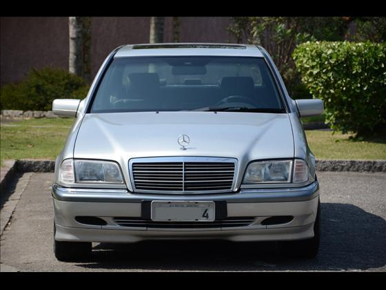 W202 C240 1999/2000 - R$ 25.900,00 M3dq