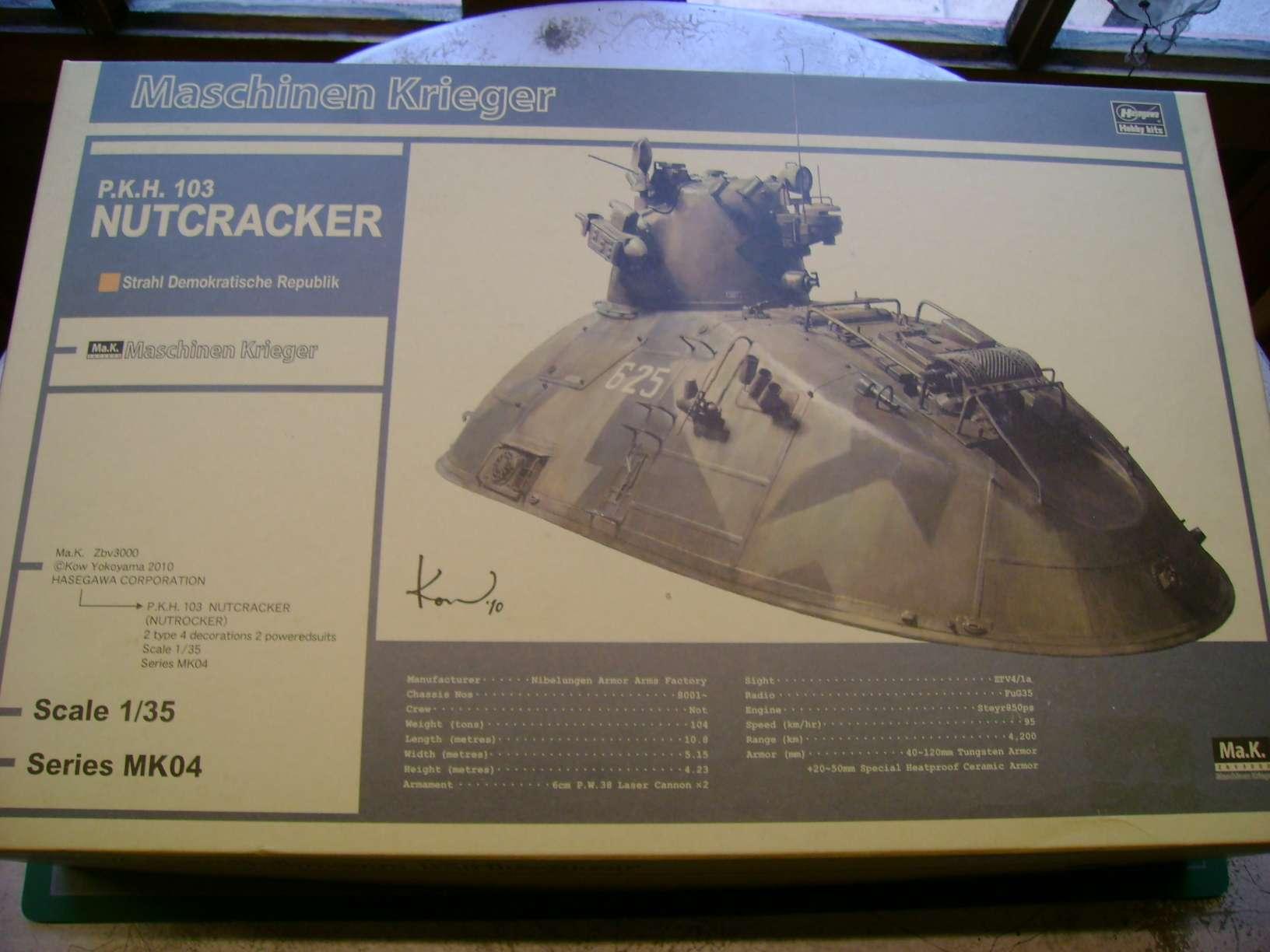 Review kit P.K.H NUTCRACKER   Serie MK04 1/35......By Hasegawa. Dsc03347hk