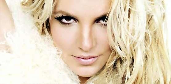 Britney Spears Smurf2 Estrunfes