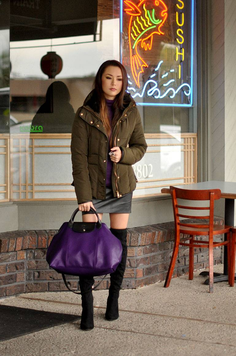 winter-outfit-olive-jacket-style-purple-bag-longchamp-lepliage