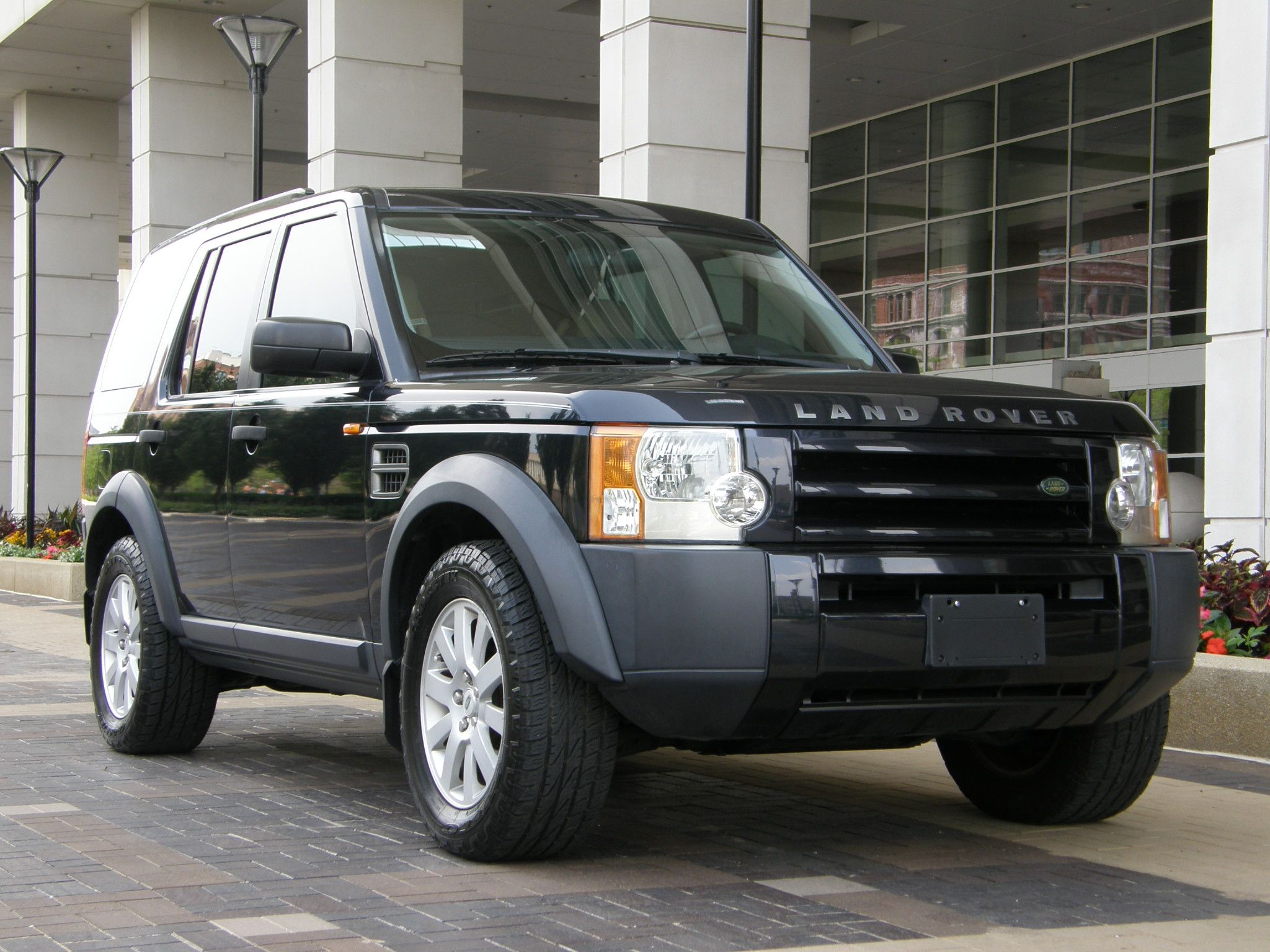 purchase used 2005 land rover lr3 se only 68k miles florida suv clean carfax clean and nice in. Black Bedroom Furniture Sets. Home Design Ideas