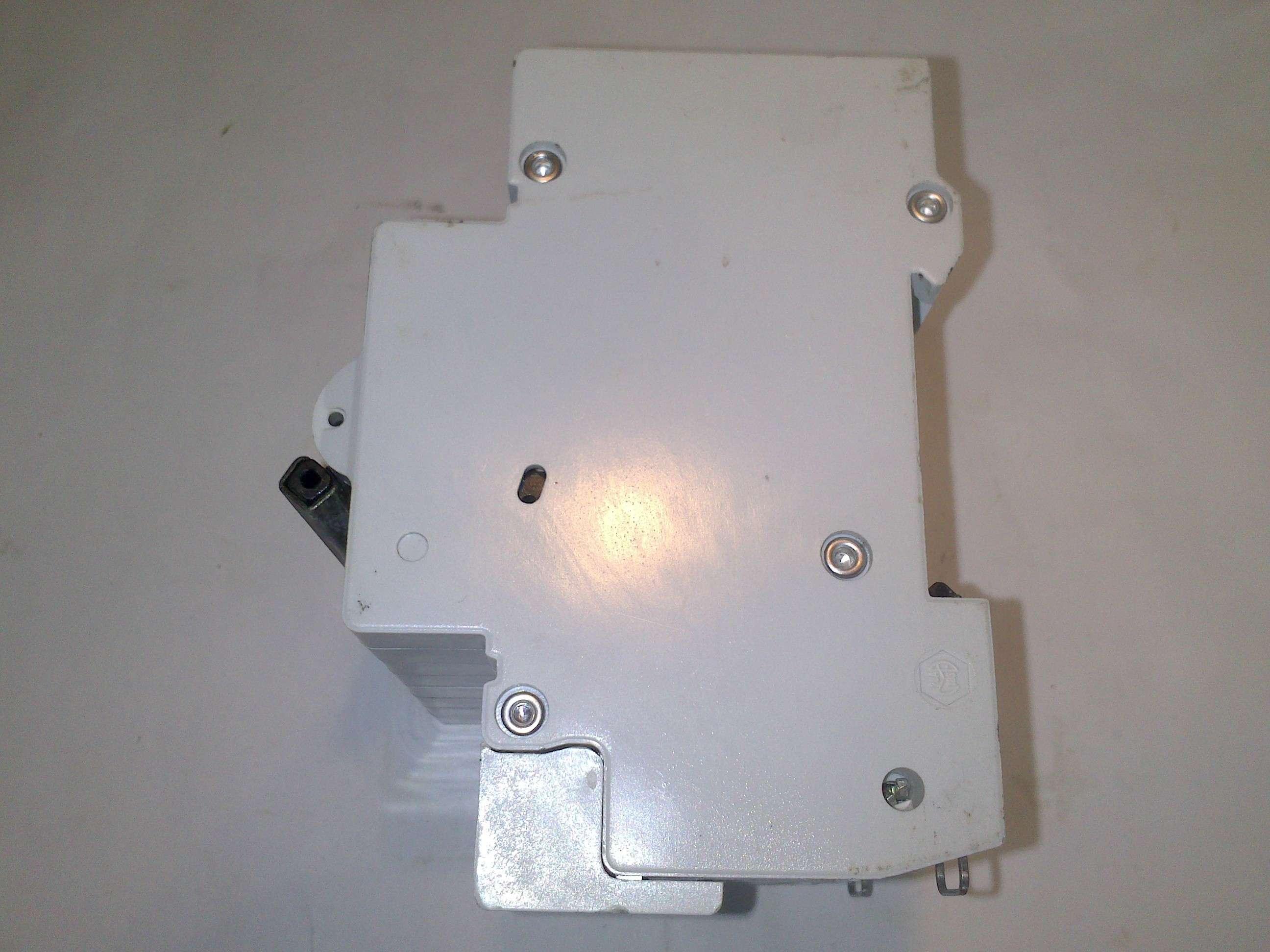 Unelec D 32 U 32 A Magnetotermico Circuit Breaker 4 Pole