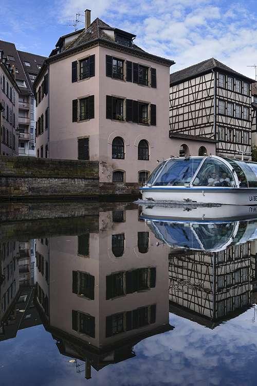 La belle Strasbourgeoise entre en scéne YwvPBZ