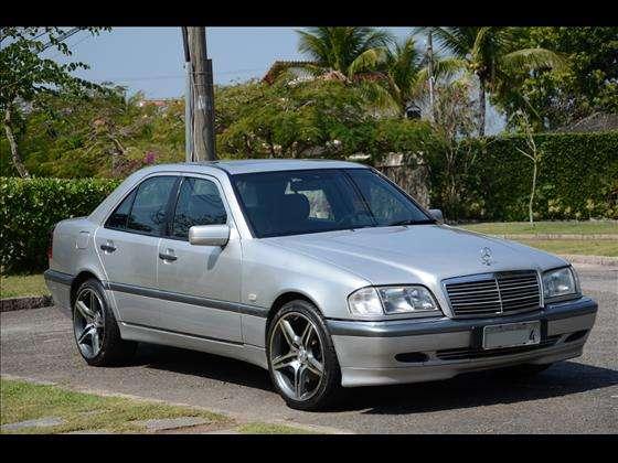 W202 C240 1999/2000 - R$ 25.900,00 Awno