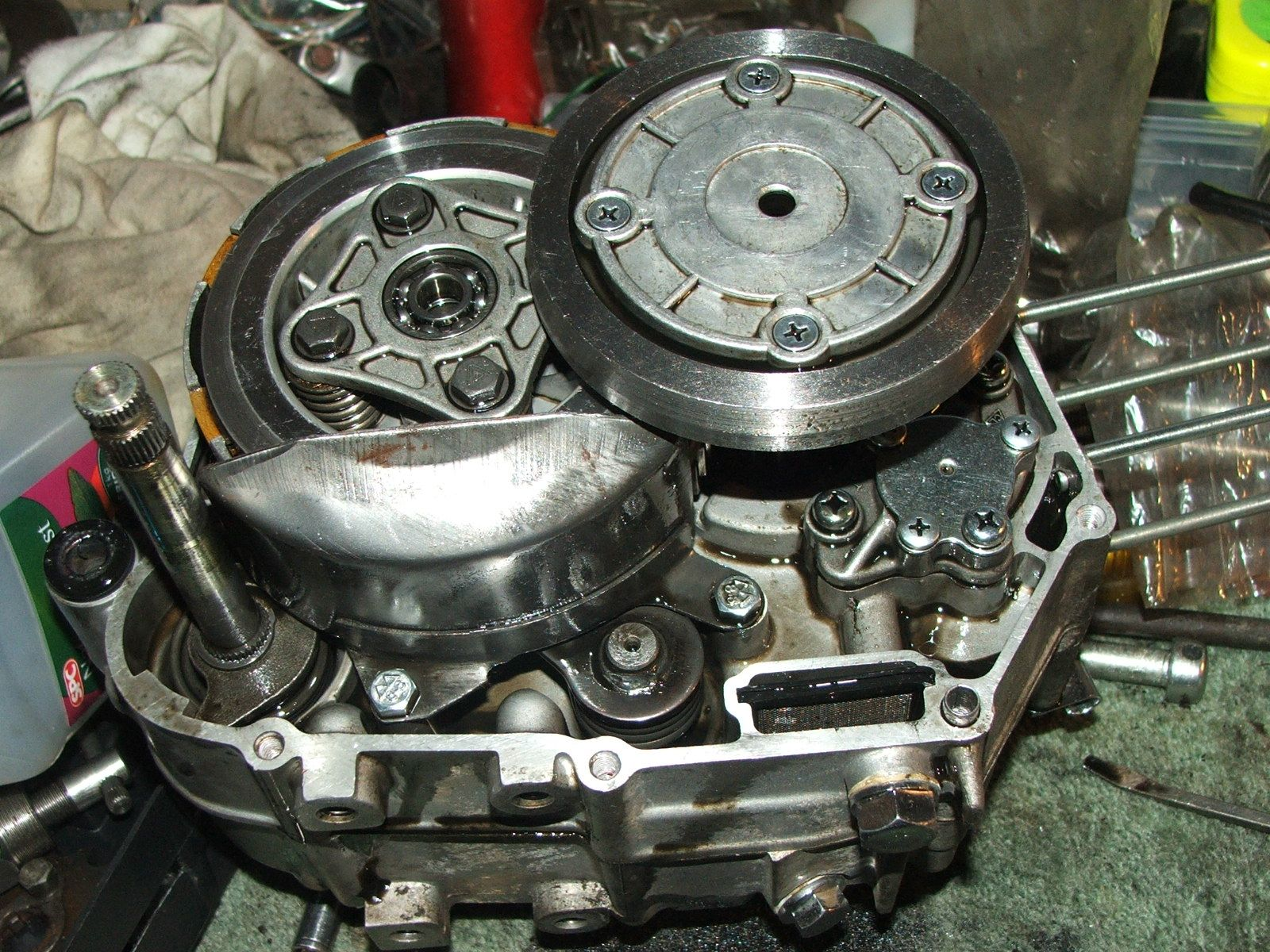 How to repair the clutch of wave 100 honda youtube.
