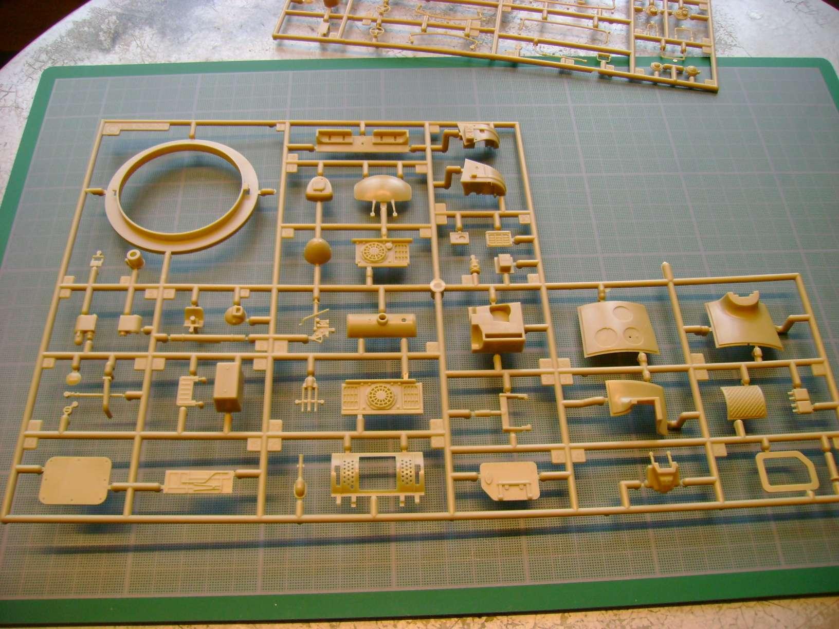 Review kit P.K.H NUTCRACKER   Serie MK04 1/35......By Hasegawa. Dsc03353eb