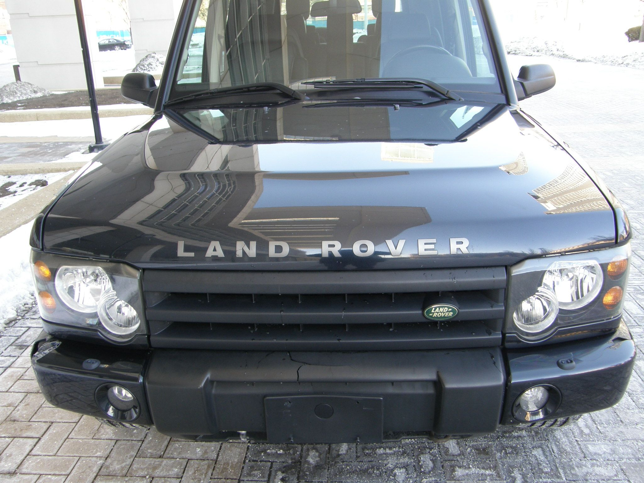 sell used 2004 land rover discovery se 7 3rd row seating hse rims rear park assist no resv in. Black Bedroom Furniture Sets. Home Design Ideas