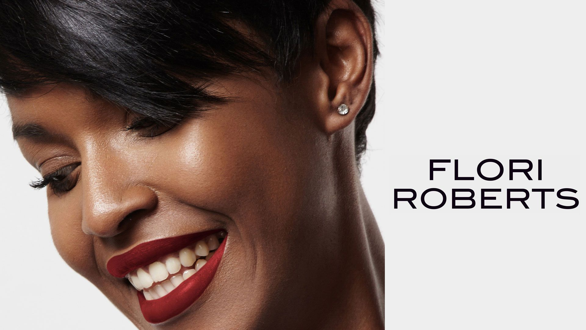 Flori Roberts - disponible chez Colorful Black