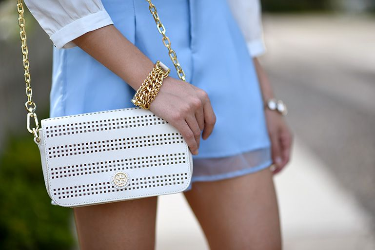 elegant_outfit_black_and_white_look_red_rosette_clutch_dainty_and_bold