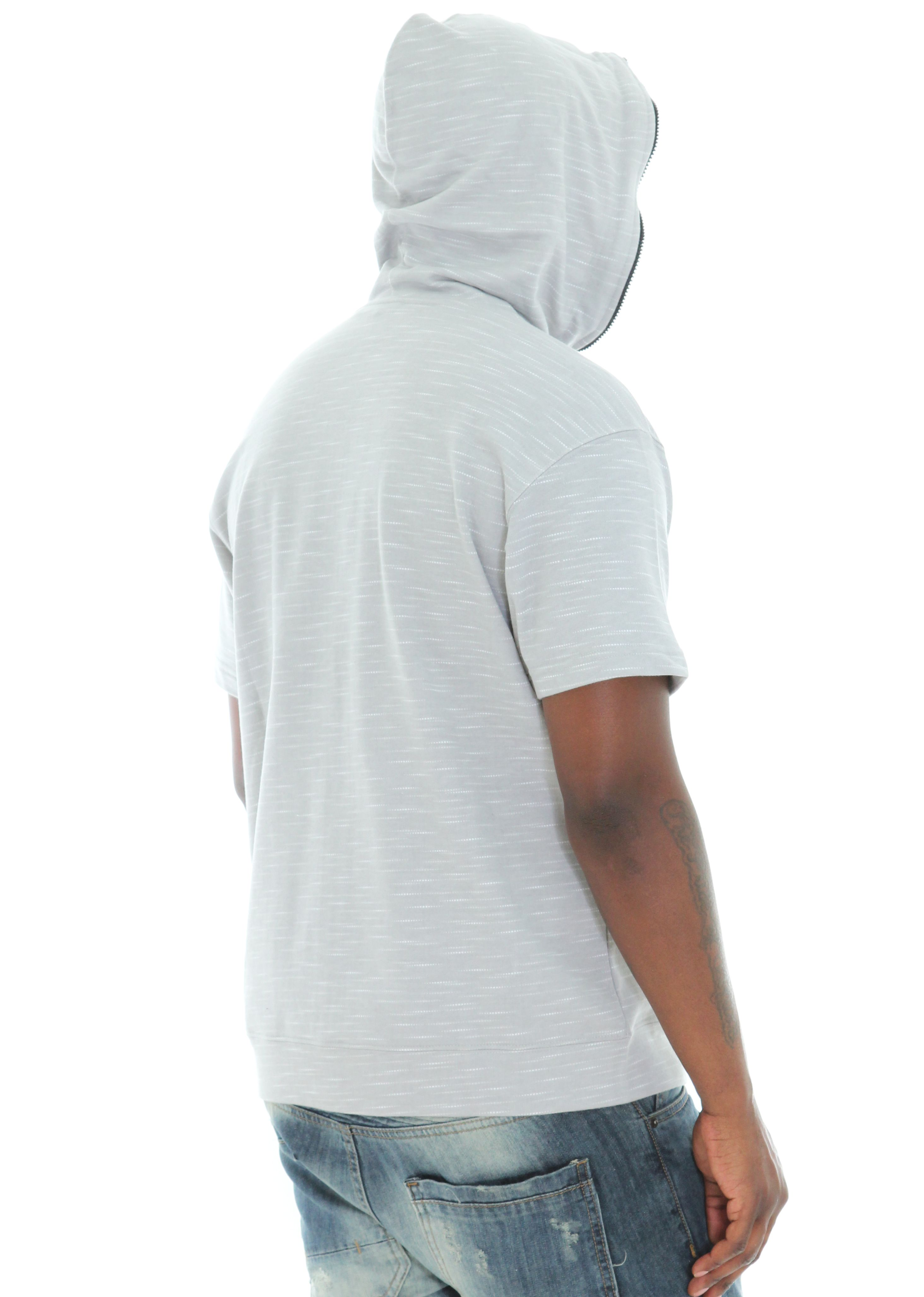 Hoodie that zips all the way up