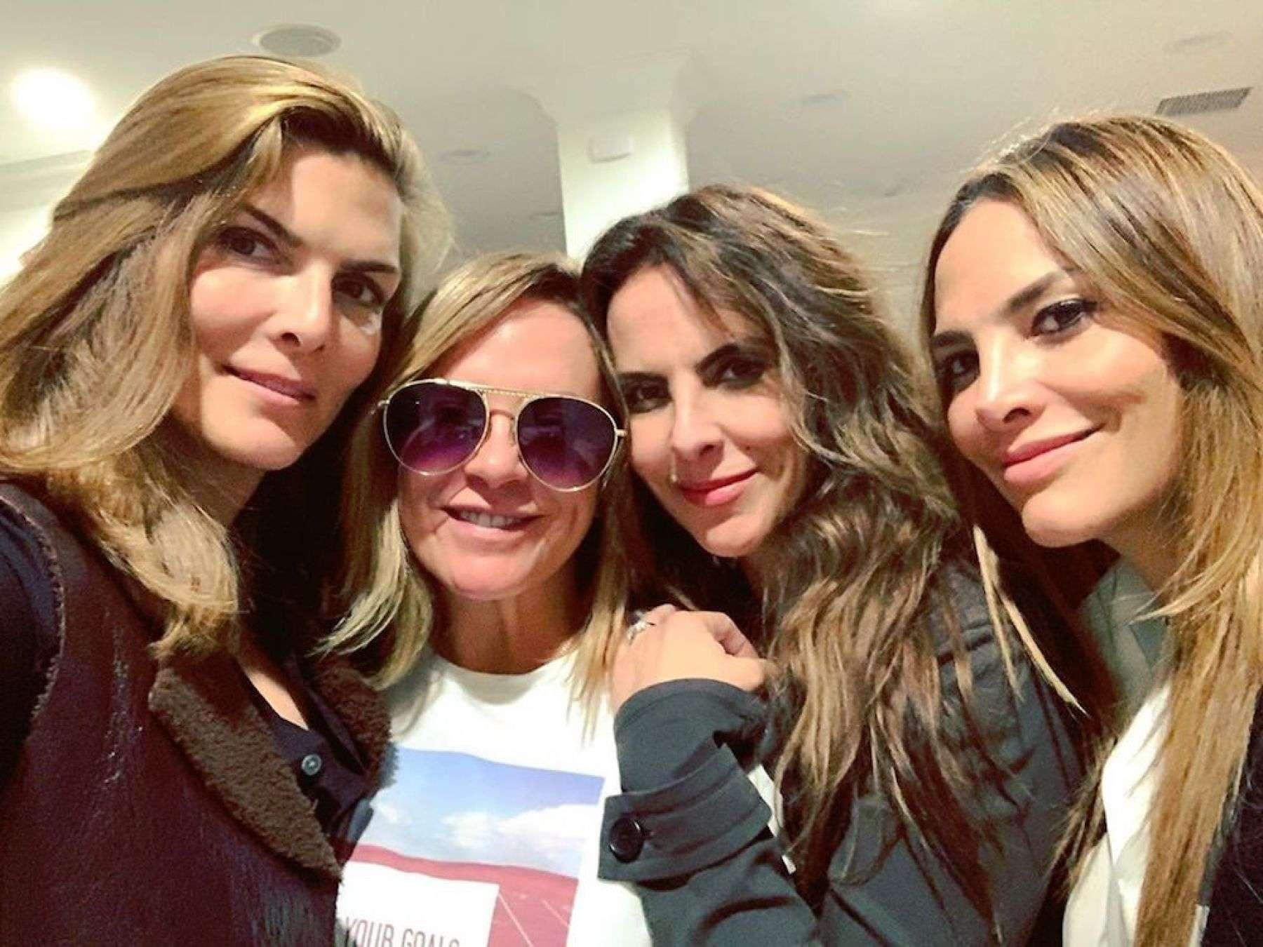 Kate del Castillo se reúnen con sus amigas Montserrat Oliver, Fabiola Campomanes y Roxana Castellanos