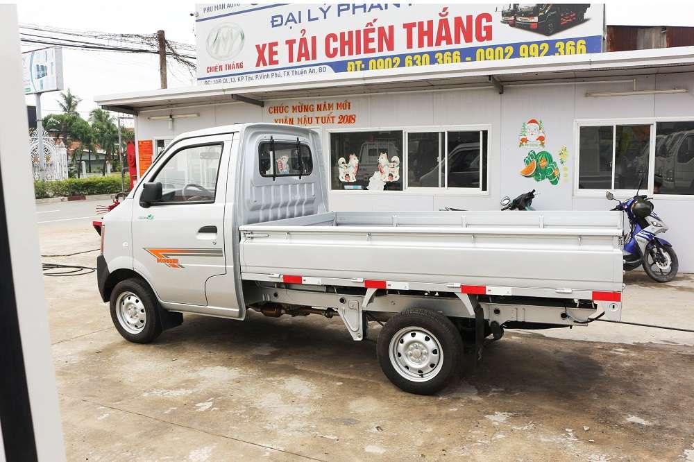 Ngoại thất xe tải dongben 870kg thùng lửng - Ô tô tải mới