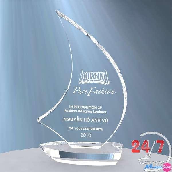 tUEPtK - Pha lê chương, kỷ niệm chương, in logo cực đẹp số lượng lớn giá cạnh tranh nhất thị trường