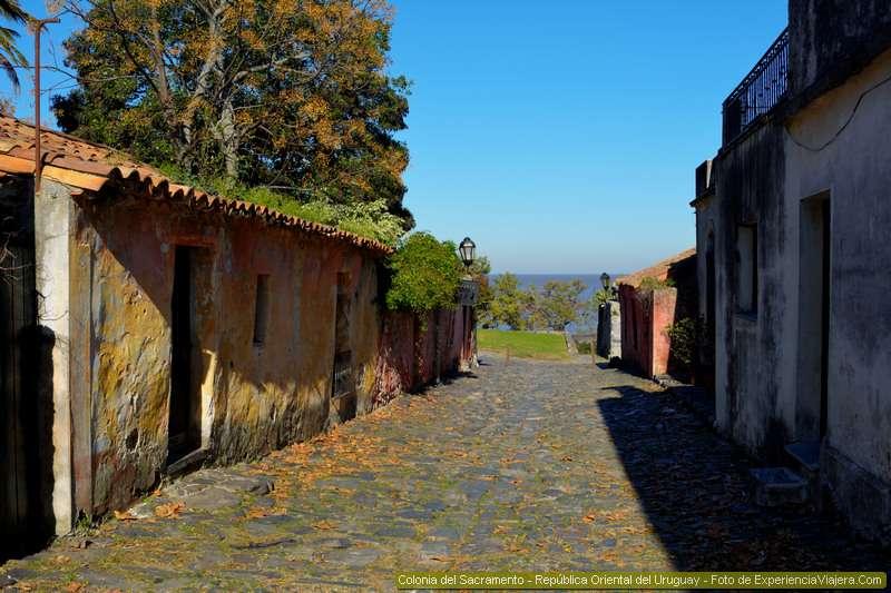 viajar en auto a colonia uruguay