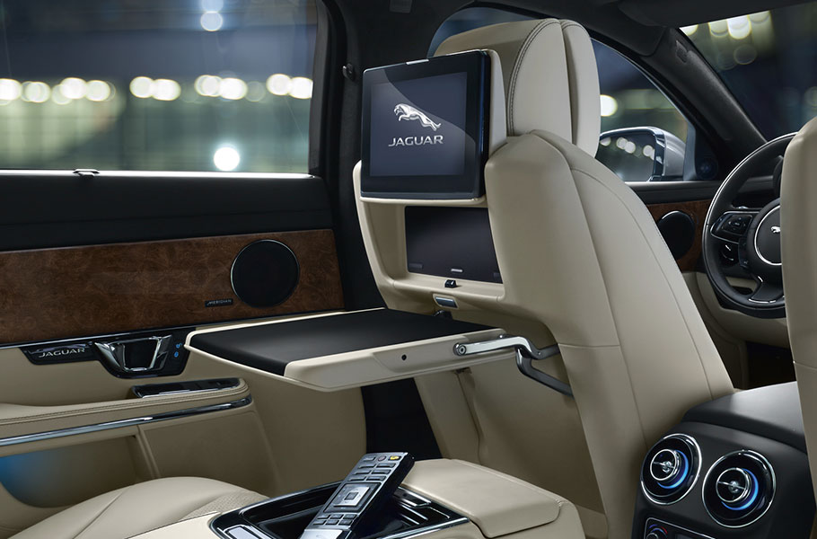 2018 Jaguar XJ Interior Rear Seat Entertainment System