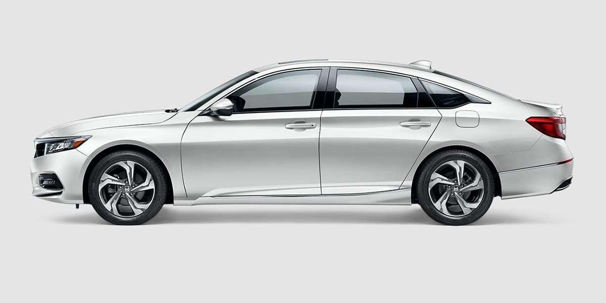 2018 Honda Accord EX in Platinum White