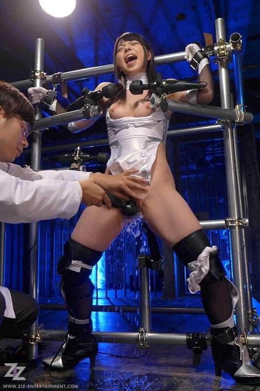ZIZG-004 [Live-action Version] Taimanin Murasaki Uehara Ai Chika Arimura Sakurai Ayu