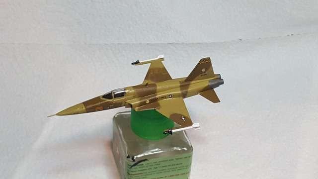 Revell F-5E 1/144