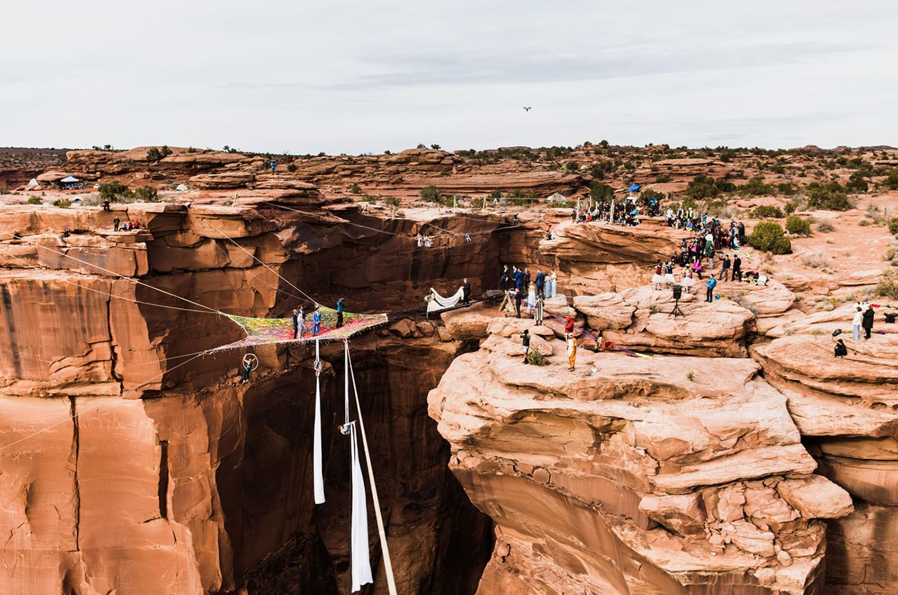 wedding suspended 400 feet over Utah canyon