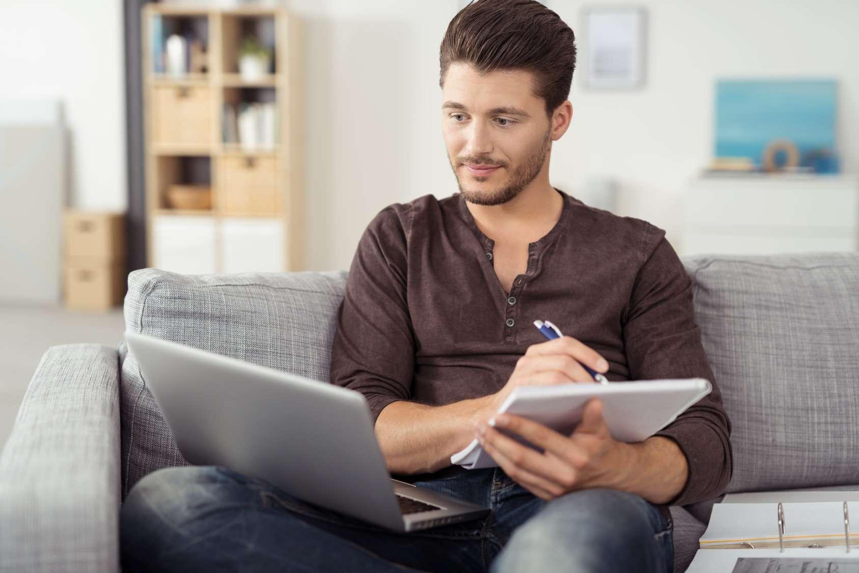 La importancia de presentar un buen Curriculum Vitae   GRUPO INN