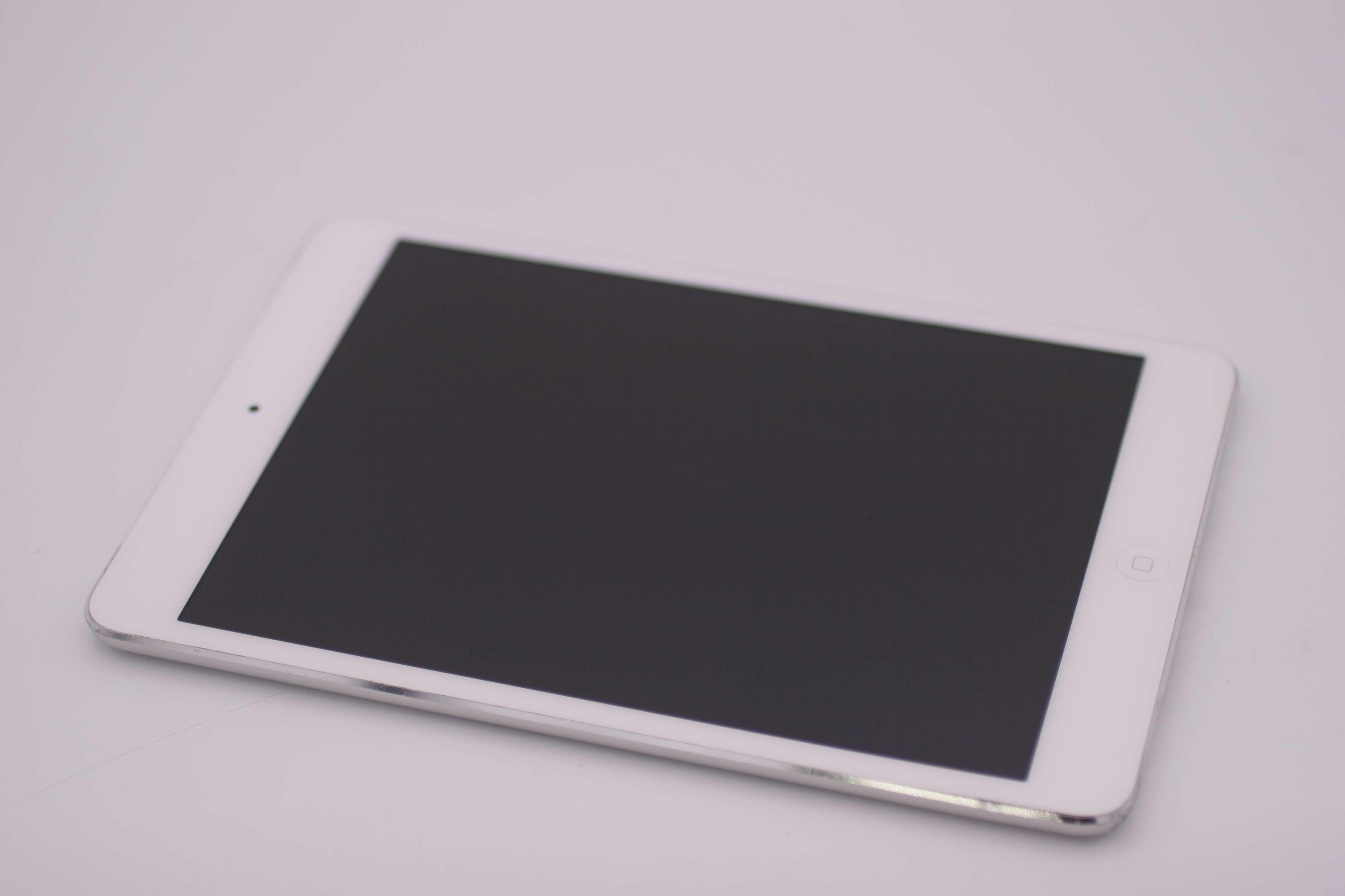 Apple Ipad Mini 2 32gb Wi Fi 79in Silver Mf084ll A Ios 1103 Retina Wifi Cell