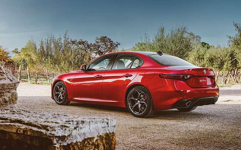 2019 Alfa Romeo Giulia Design