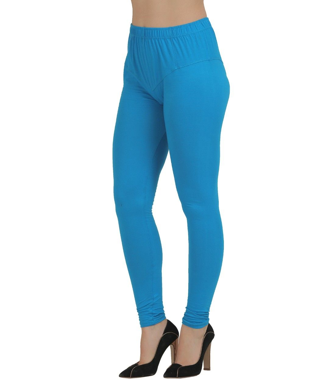 HUE Temp Control Cotton Capri Leggings are designed to keep your body temperature regulated in any season. These soft cotton blend capri leggings feature HeiQ Smart Temp technology to help .