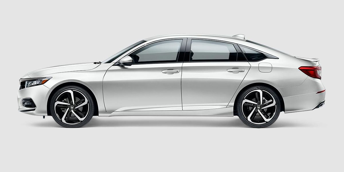 2018 Honda Accord Sport in Platinum White