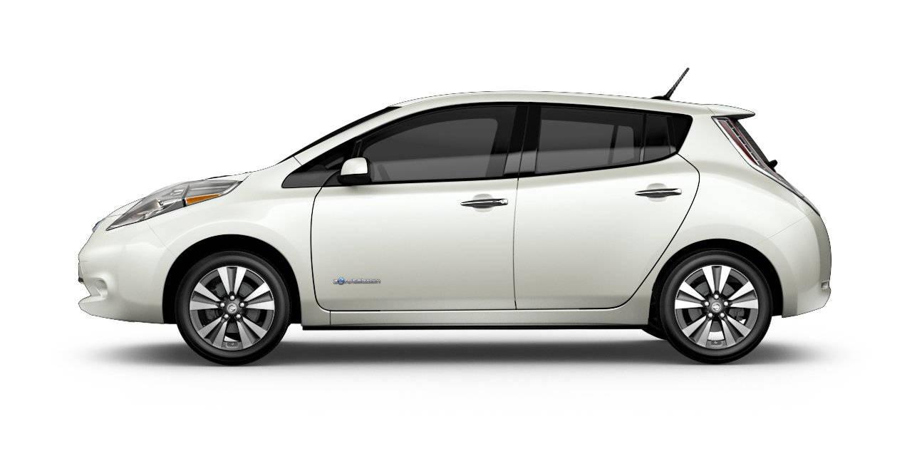 2017 Nissan Leaf Pearl White
