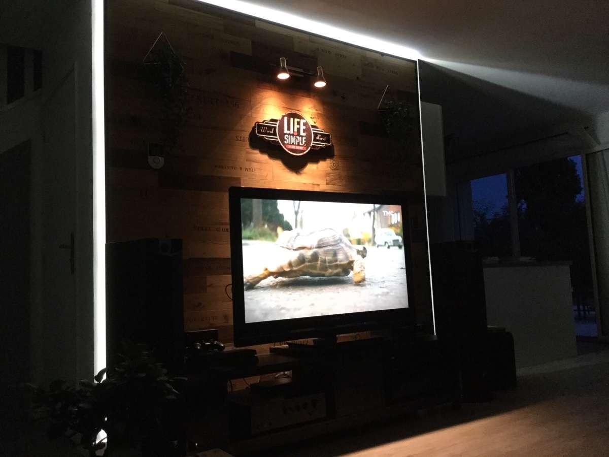 Panneau Mural Derriere Tv installer sa tv au mur : conseils, astuces et photos - page