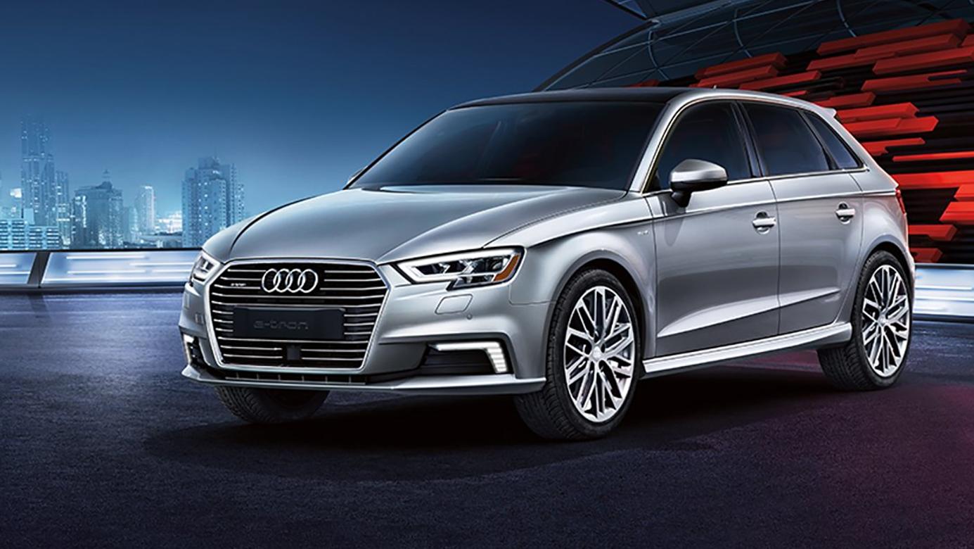 Best Fuel Efficient Luxury Vehicles