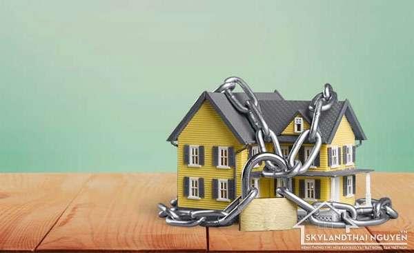 Cần biết những điều này để tránh rủi ro khi mua nhà đất thế chấp ngân hàng?