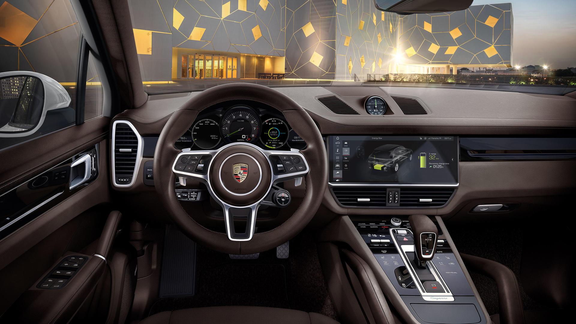 2020 Porsche Cayenne E-Hybrid Interior