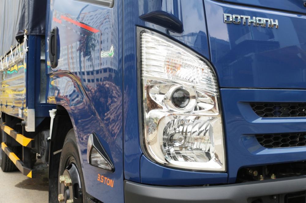 Đèn xe tải hyundai iz65 thùng mui bạt