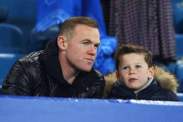 info manchester united Wayne Rooney Didekati Klub China